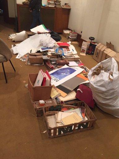 déchets, papiers, cartons, meubles à débarrasser