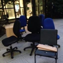 chaises à débarrasser